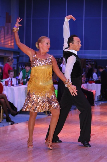John and Irene Wilson dancing in the World Championship, Paris, December 2013
